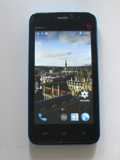 Недорогой Android BQ 4001 Oxford